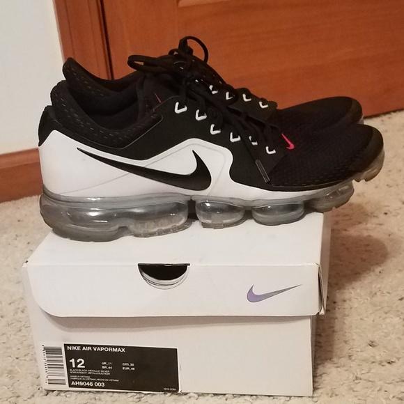 separation shoes 1b126 0c35f Select Size to Continue. M 5c0dbc71a5d7c6f90de24ed7. 12